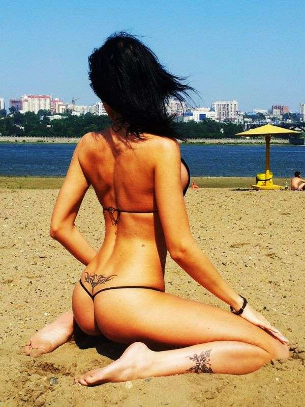 Струнка красуня з Новосибірська (14 фото)