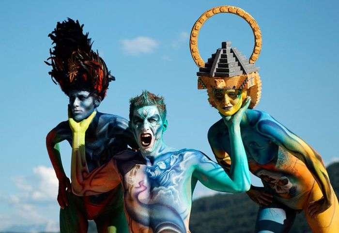 Барвистий фестиваль бодіарту в Австрії (16 фото)