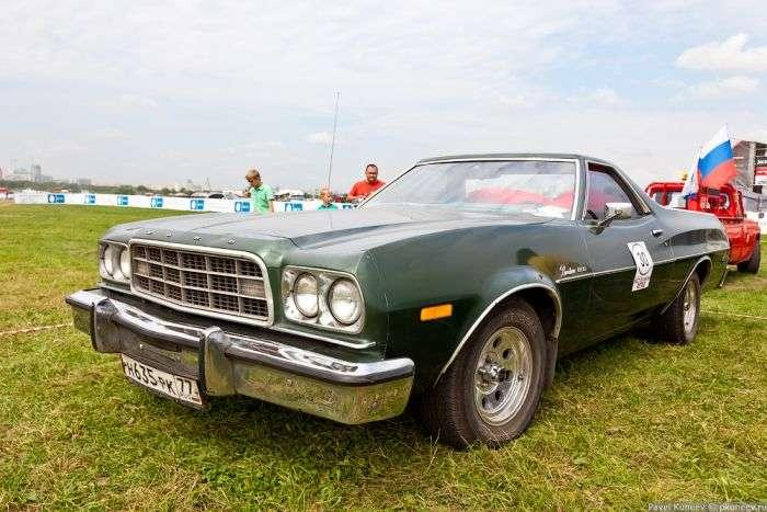 Автомобілі з московського фестивалю Автоекзотика 2012 (60 фото)