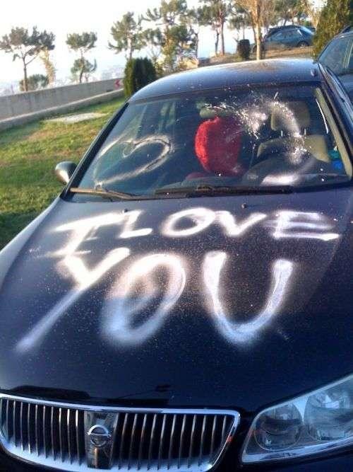 Дивні визнання в любові (10 фото)