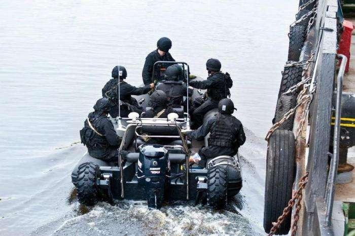 Нова техніка на озброєнні ФСБ (9 фото)