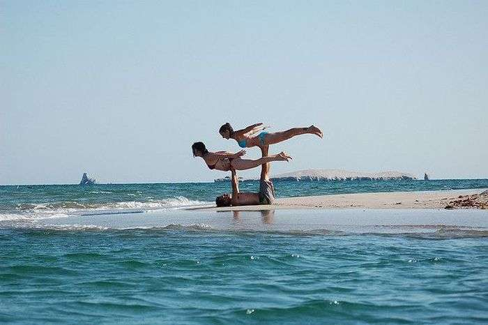Новий вид спорту Акройога (19 фото)