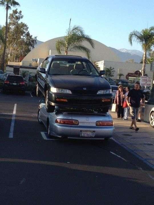 Незвичайний автомобільний трюк в Каліфорнії (6 фото)