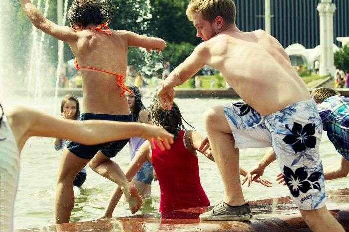 Водна битва в жаркий день (61 фото)
