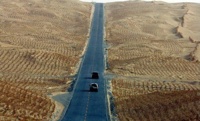 Таримское шоссе: зачем китайцам 500 км дороги посреди голой пустыни   Интересное