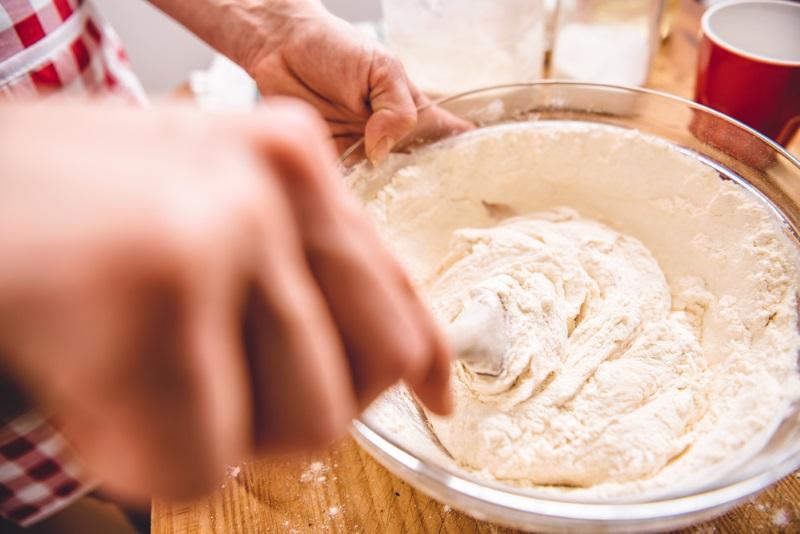 Рецепт сдобного пирога с клубникой Кулинария,Выпечка,Клубника,Пироги,Тесто,Ягоды