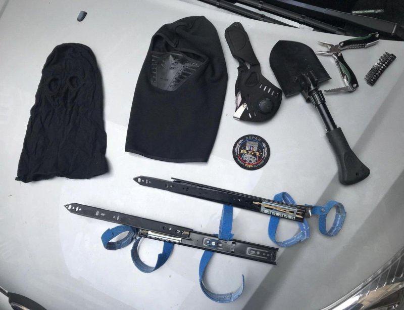 Копы повязали ассасина с 30-сантиметровыми лезвиями на руках МиР