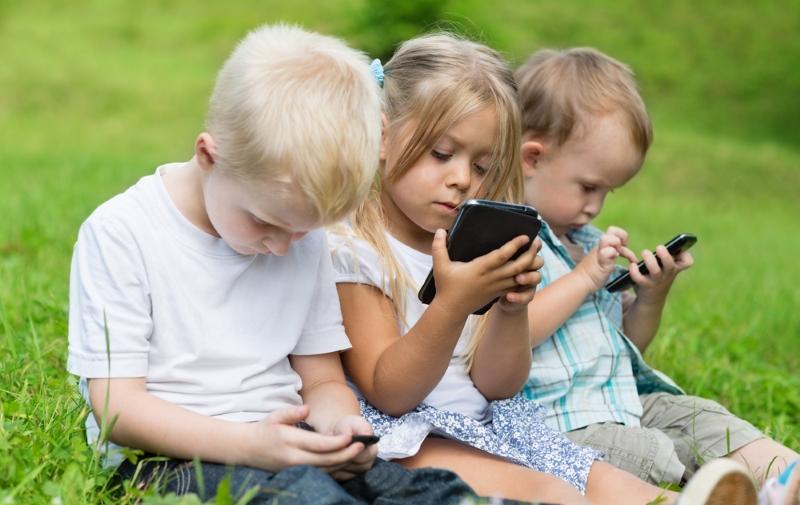 Как научить ребенка бережно относиться к вещам Советы,Взаимоотношения,Воспитание,Гаджеты,Дети,Родители