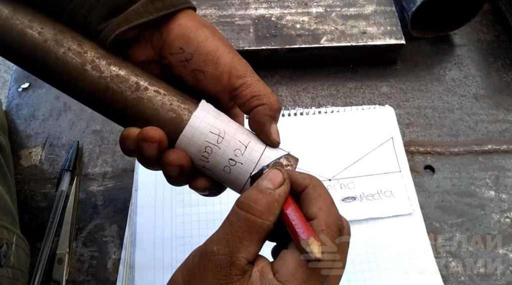 Необычный способ сварки круглых труб по шаблону Самоделки