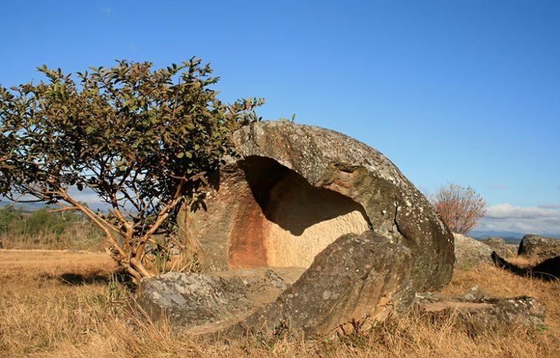 В труднодоступных горных лесах Лаоса обнаружены «кувшины мертвецов» Археология