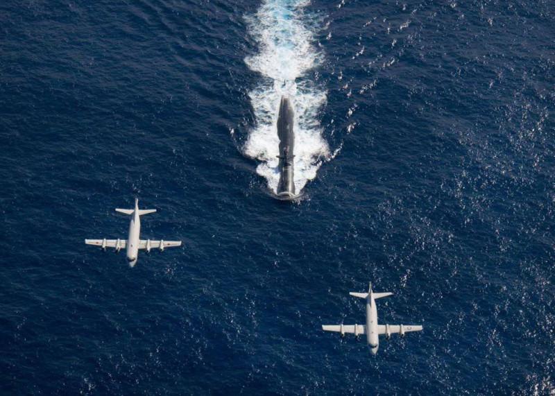 Будни холодной войны: как советские моряки американских лётчиков спасали Россия,США,холодная война