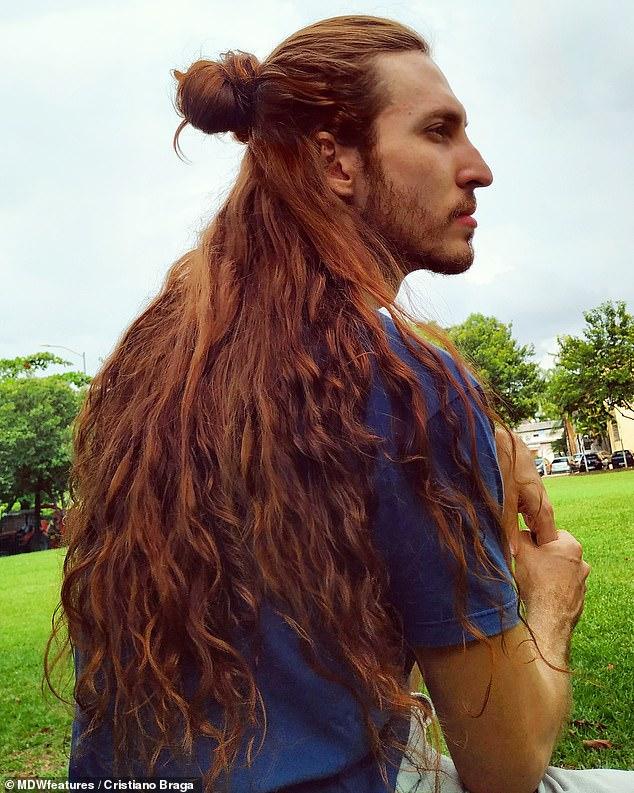 Как живется мужчине, который 7 лет отращивал волосы?