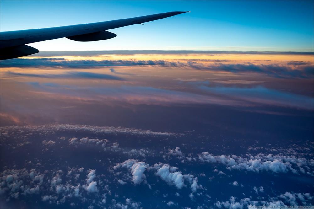 Имеет ли право стюардесса запрещать пялиться в иллюминатор? 483,авиатур,поездка