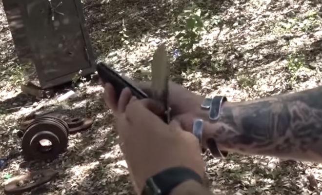 Можно ли разрезать пулю выстрелом в нож Видео,выстрел,нож,оружие,Пространство
