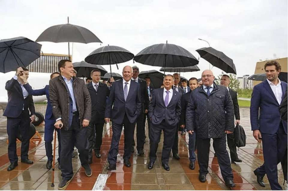 Сергей Чемезов и Рустам Минниханов дали старт строительству авиационного производства в Татарстане Авиация