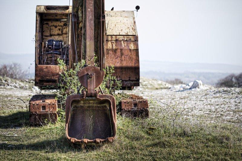 Заброшенная карьерная техника Норильск