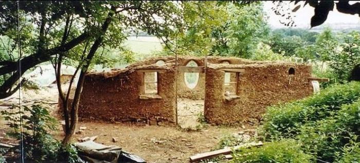 Англичанин построил дом всего за 250 долларов ремонт и строительство,технологии строительства